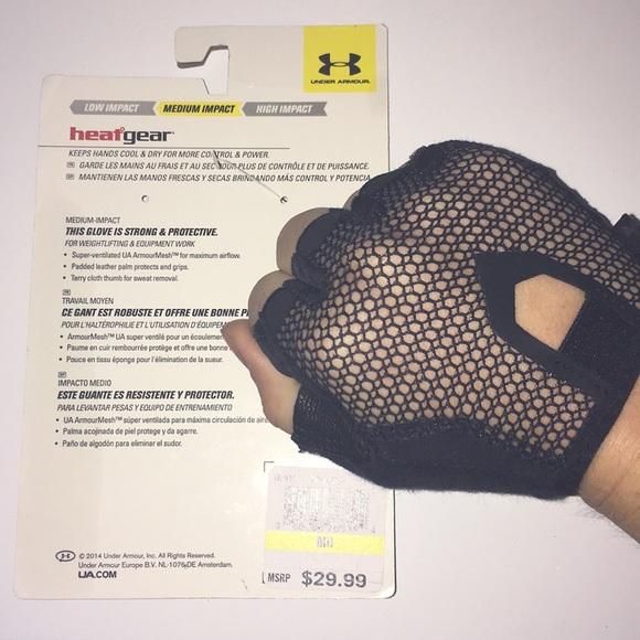 najlepiej sprzedający się sprzedaż usa online za pół Women's Under Armour Black Training Gloves NWT